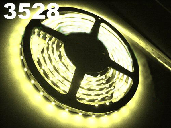 New 5M Car Cool White 3528 SMD LED Waterproof Strip 12V 600 LEDs